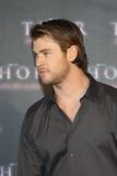 Chris Hemsworth Photo 1