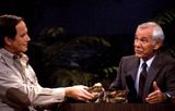 Johnny Carson Photo - Johnny Carson and Jim Fowler on the Tonight Show Photo by Suzie BleedenGlobe Photos Inc F2302