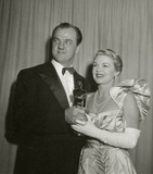 Karl Malden Photo - Karl Malden and Claire Trevor Academy Awards 1952 Photo Nate CutlerGlobe Photos Inc