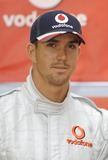 Kevin Pietersen Photo - K53568 Kevin Pietersen pose for pics as latest Formula 1 star Lewis Hamilton hands over his Vodafone McLaren Mercedes go-kart to a lucky punter following auction on eBay to raise money for Tommys The Baby Charity Event is to promote launch of Vodafone Mobile Internet London  06-21-2007Photo by Mike Marsland-Spotlight Press-Globe Photos inc